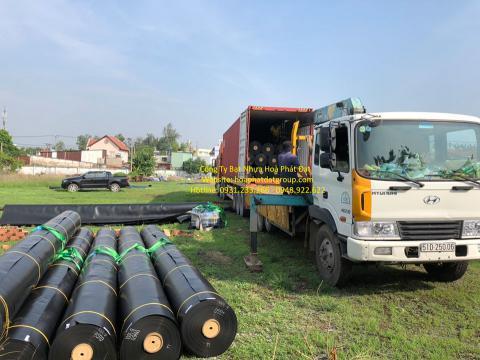 Báo giá bán lẻ màng bạt nhựa chống thấm HDPE màu xanh đen lót ao hồ bờ ao chứa nước giá rẻ tại Lai Châu
