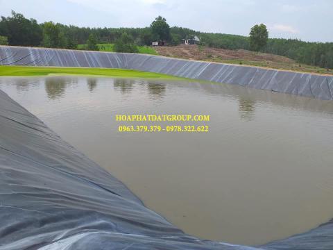 Báo giá bán lẻ màng bạt nhựa chống thấm HDPE màu xanh đen lót ao hồ bờ ao chứa nước giá rẻ tại Vĩnh Long