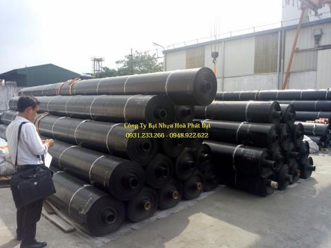 Báo giá bán lẻ màng bạt nhựa chống thấm HDPE màu xanh đen lót ao hồ bờ ao chứa nước giá rẻ tại Tuyên Quang